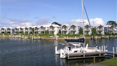 Captains Cove absolute waterfront