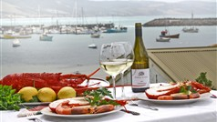 The ultimate seafood lunch overlooking the Apollo Bay Harbour