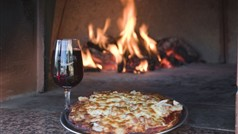 Gisborne Peak Wine tasting and Groumet Wood Fired Pizza