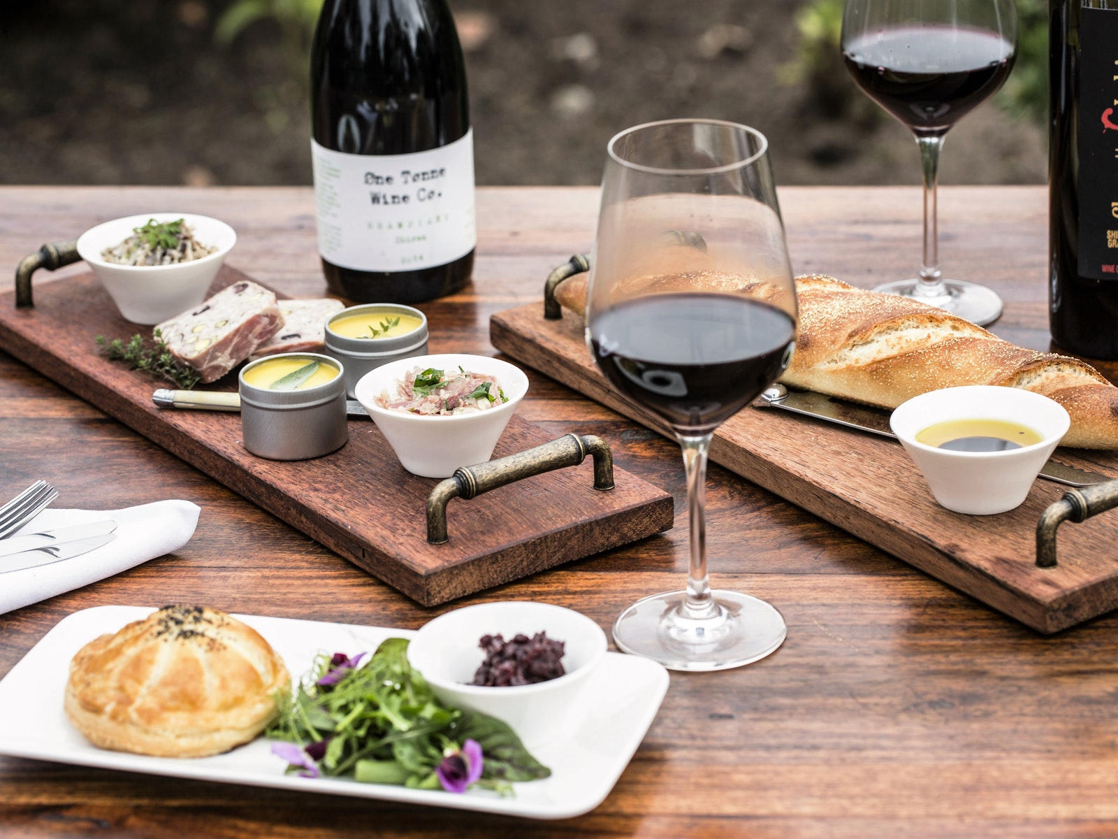 LIght lunches & Grampians Wine