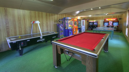 BIG4 Whiters Holiday Village Games Room