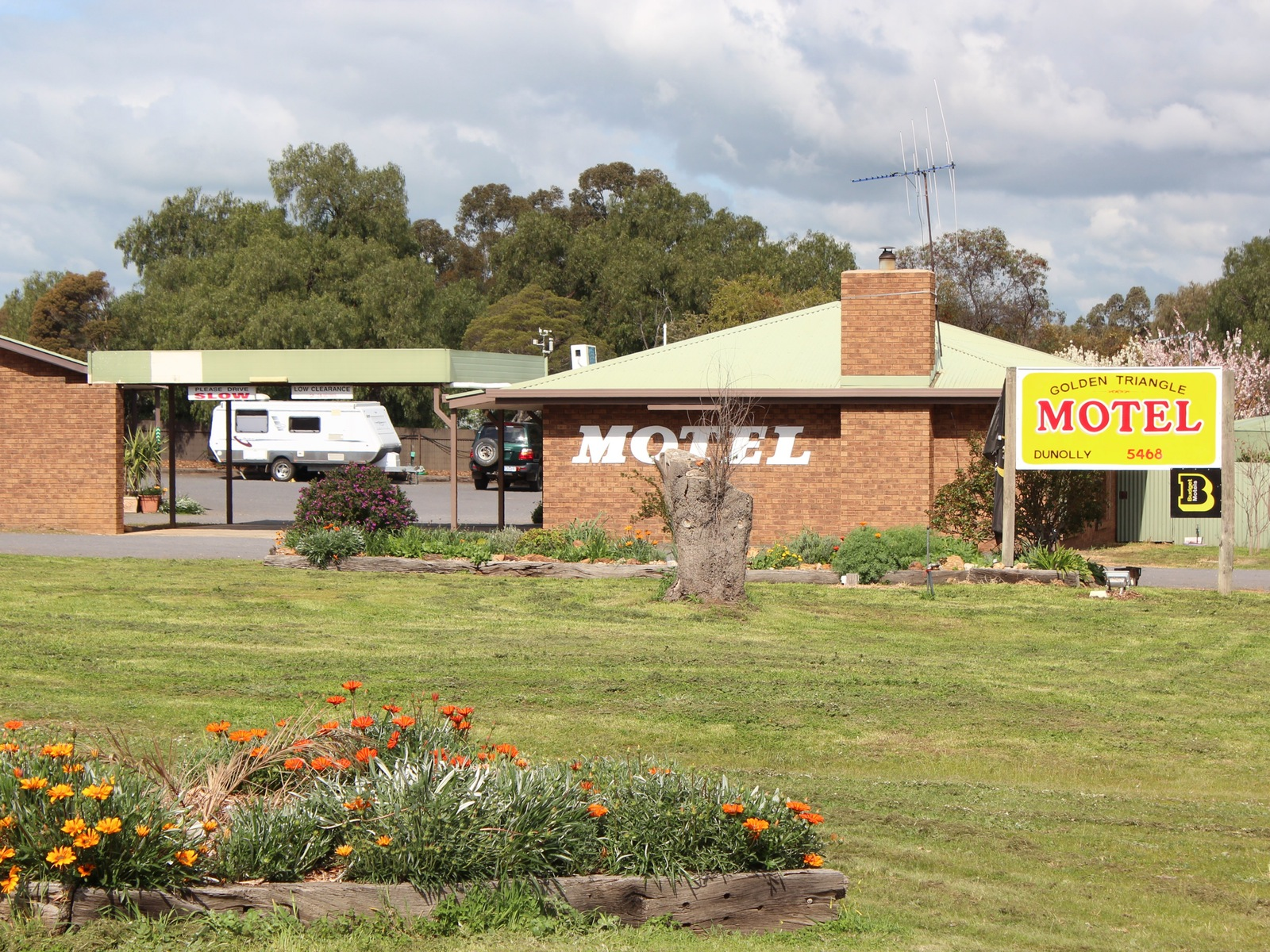 Dunolly Golden Triangle Motel external