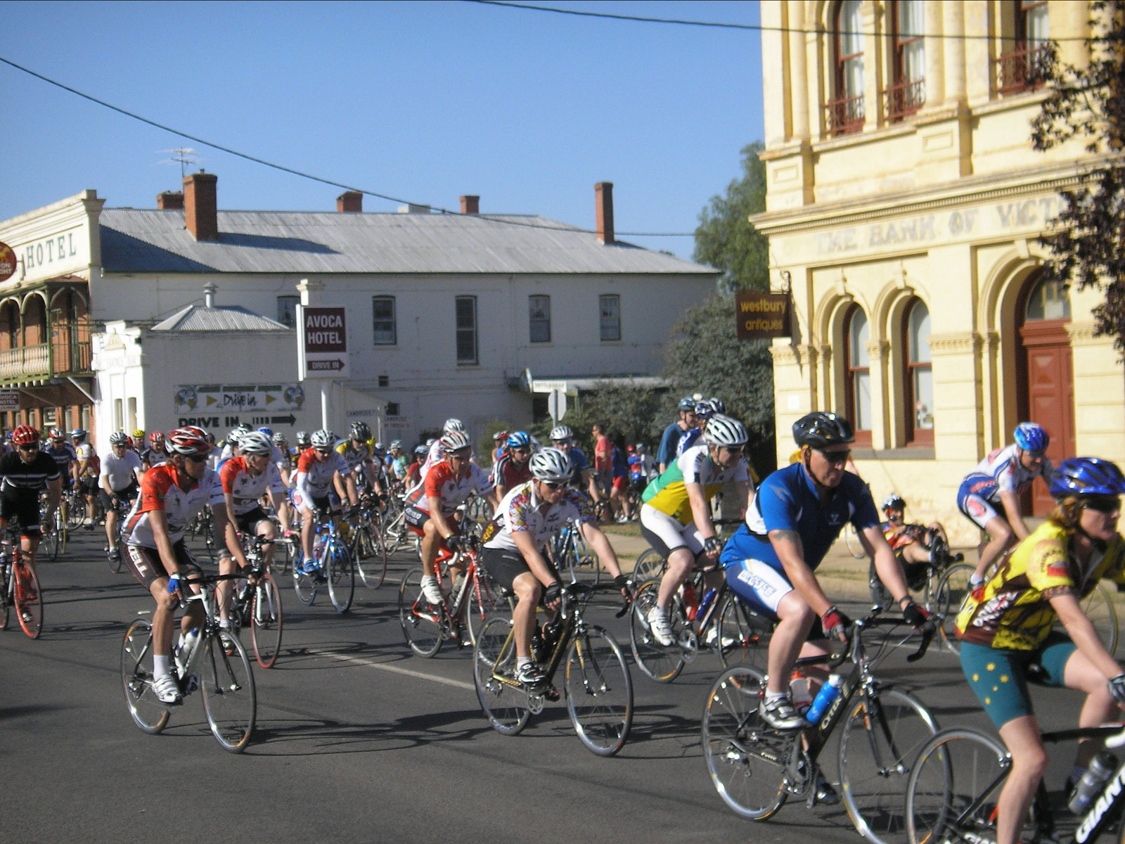 Riders cycling through Avoca.