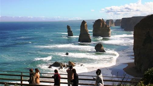 Port Campbell, Destinations, Great Ocean Road, Victoria ...