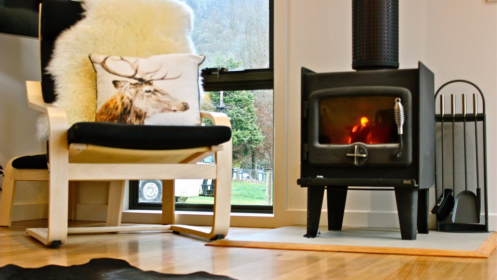 Cosy up by a wood fire - Harrietville accommodation
