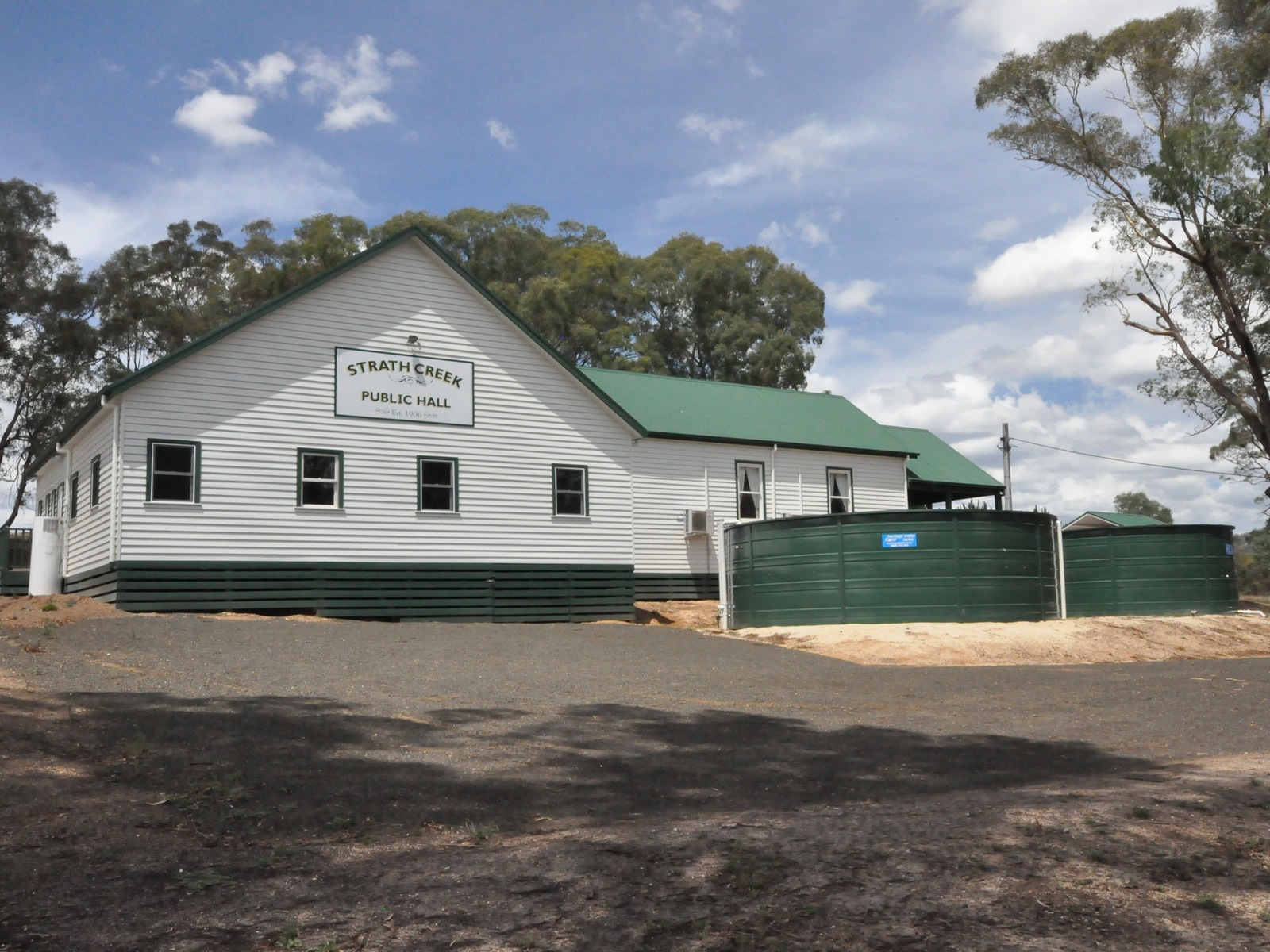 Strath Creek Hall
