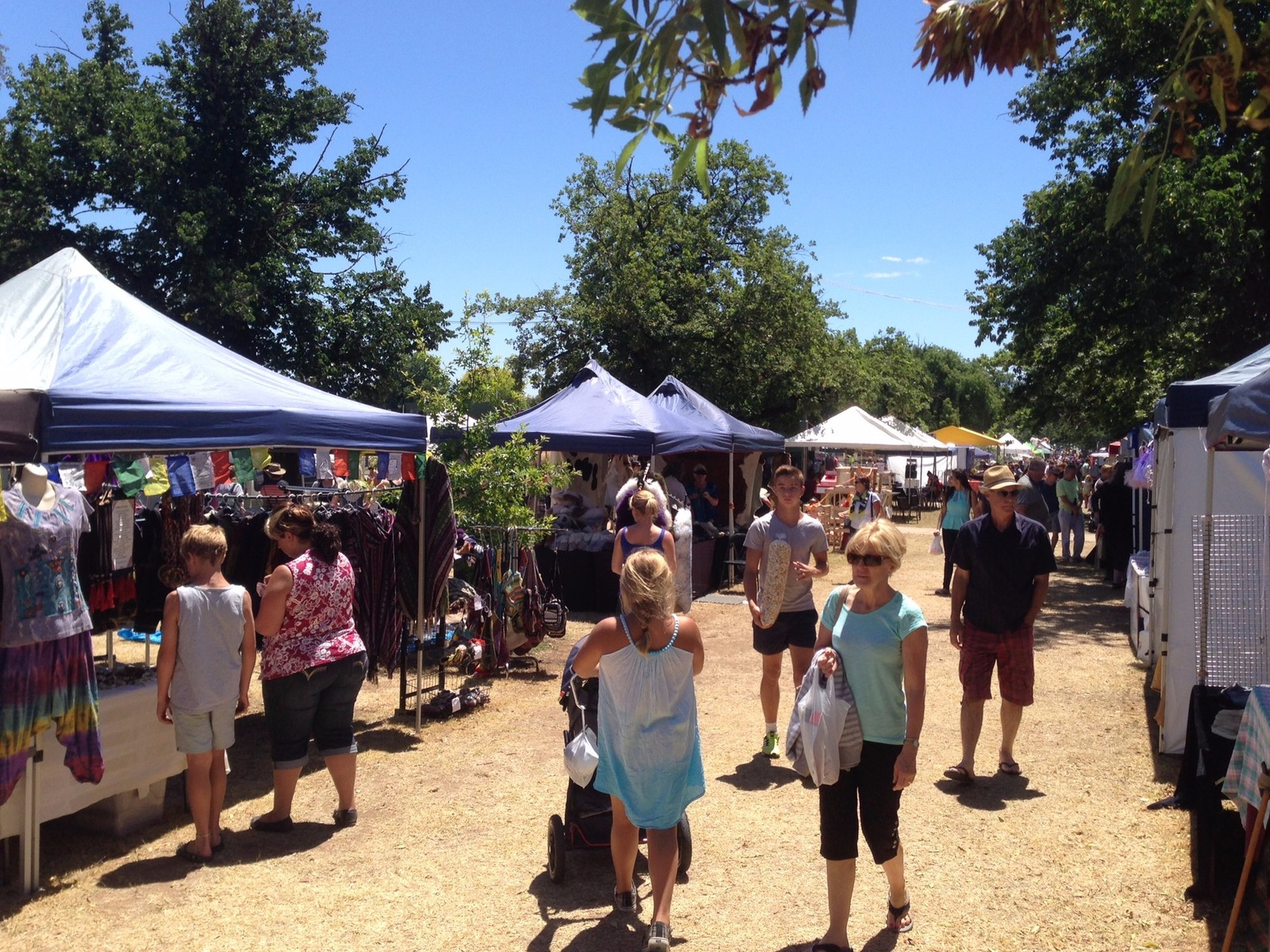 Events high country victoria australia for Mansfield arts and crafts show