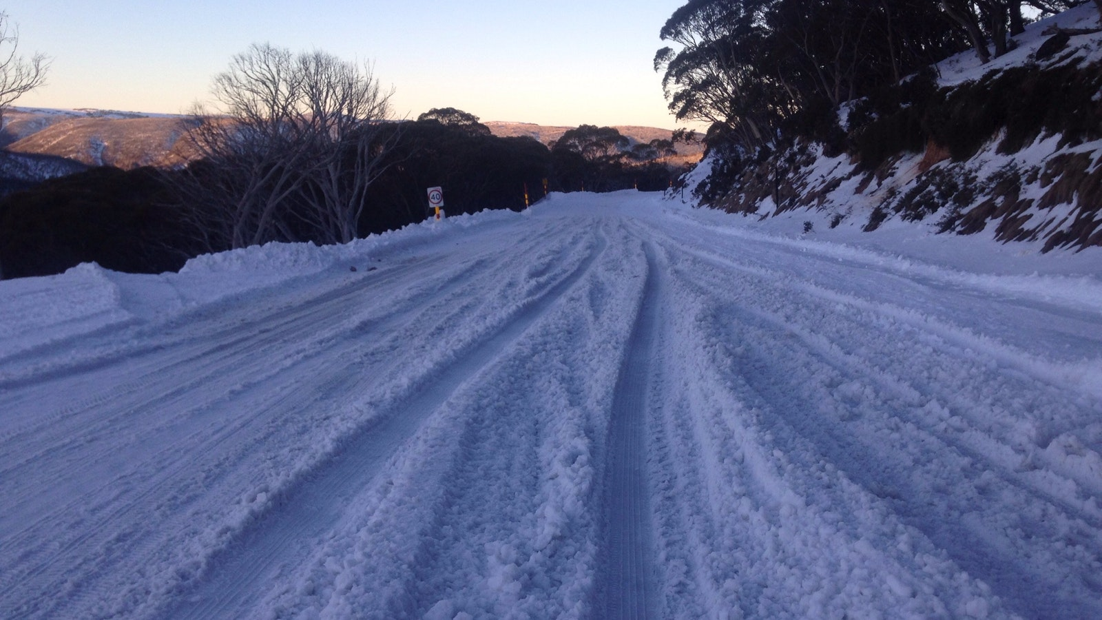 Road to Mt Hotham