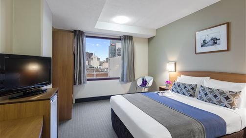 Standard Queen Room - Mercure Welcome Melbourne