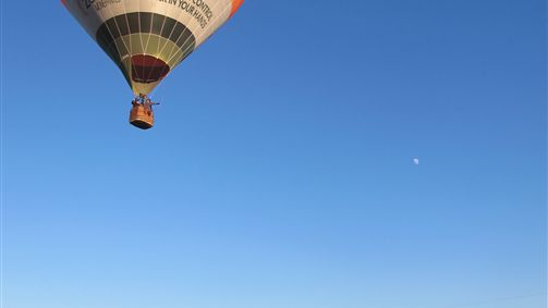 Hot air balloon launch at Daylesford