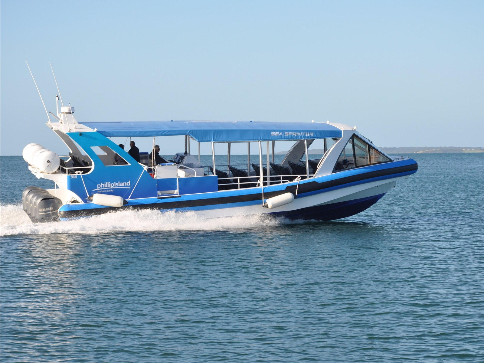 Wild Oceans EcoBoat Tour - EcoBoat in action