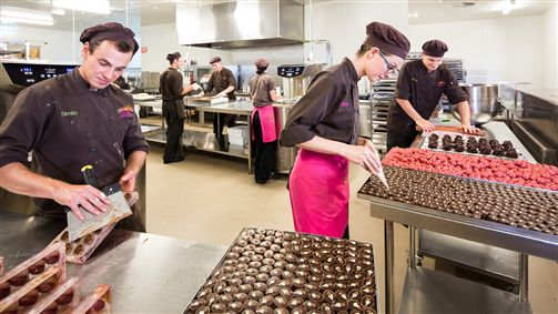 Yarra Valley Chocolaterie & Ice Creamery_Production_Chocolatiers at work