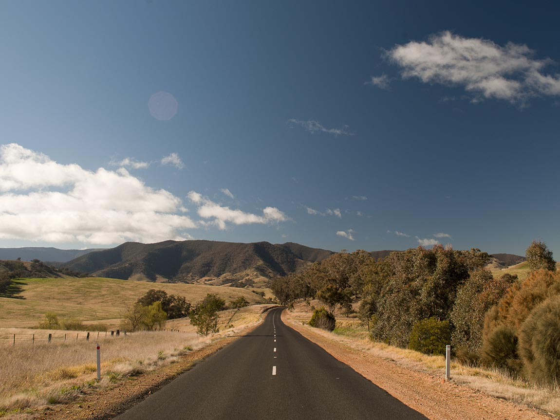 Great Alpine Road, Gippsland, Victoria, Australia