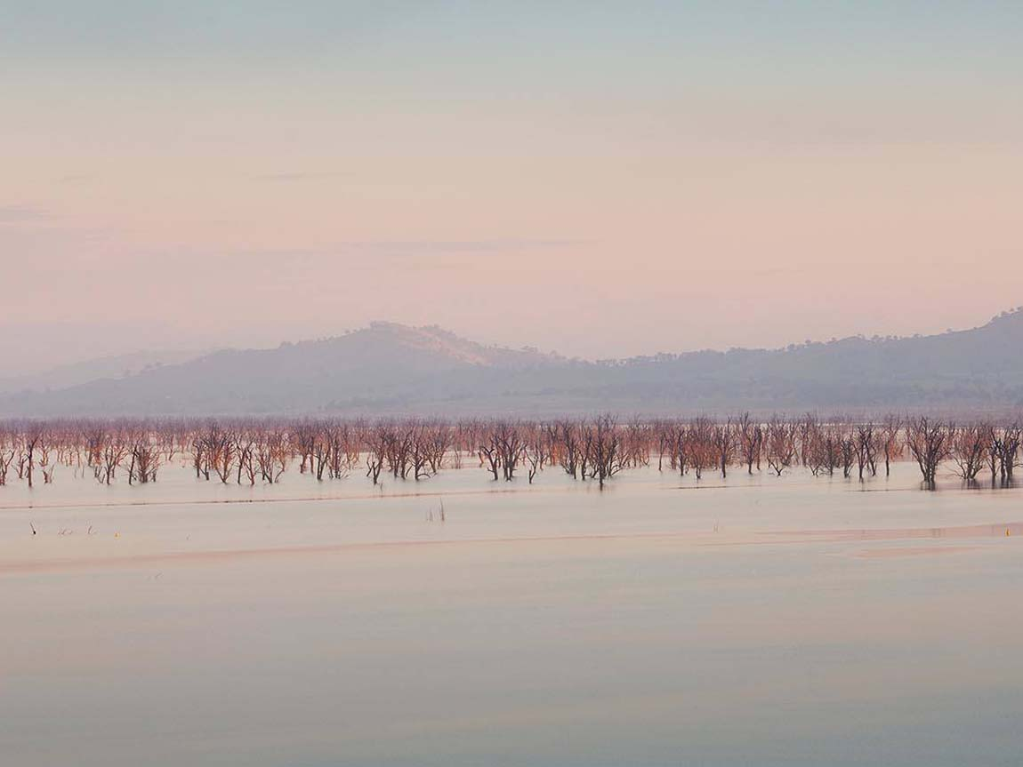 Lake Hume, High Country, Victoria, Australia