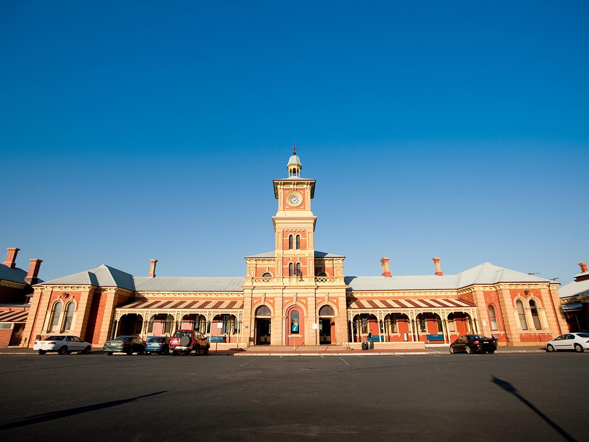 Albury Railway Station, The Murray, Victoria, Australia